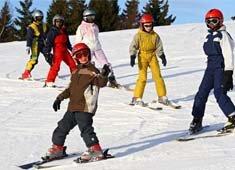 Pratiquer le ski en décembre : tout ce qu'il faut savoir